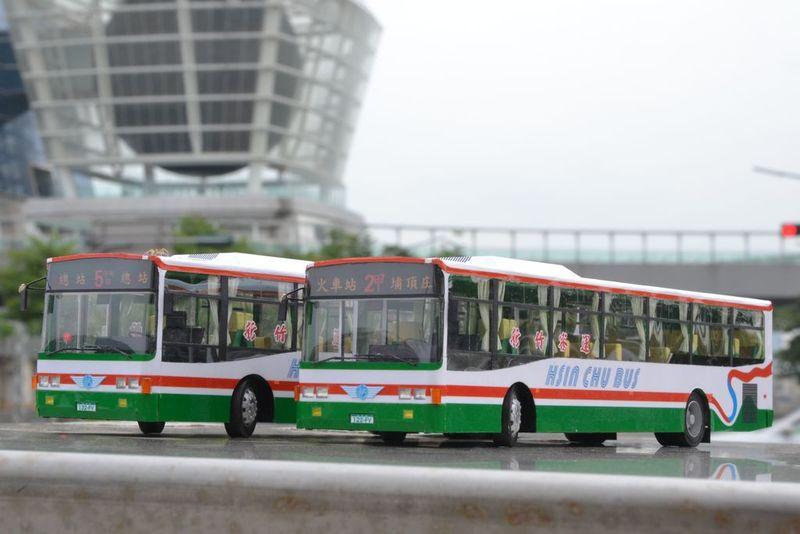 新竹客運的低底盤公車:DSC_0154.JPG