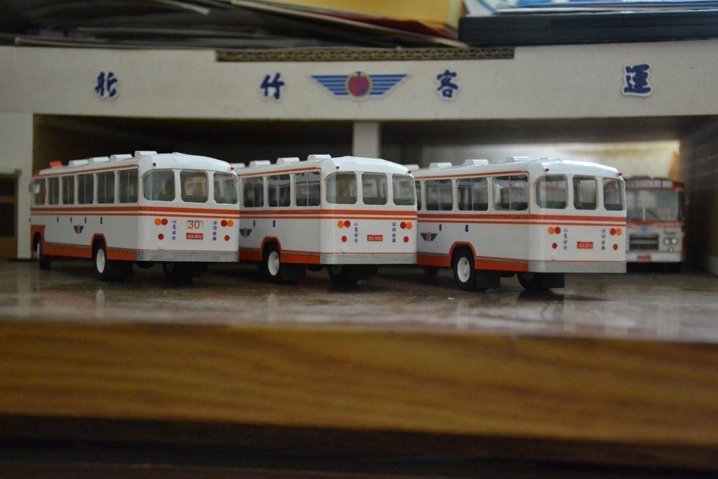 新竹客運的懷舊公車:DSC_3211.JPG