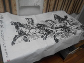 中國畫家贈予的八駿馬墨畫,力道真是美啊:IMG_20140804_224628.jpg