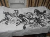 中國畫家贈予的八駿馬墨畫,力道真是美啊:IMG_20140804_224608.jpg