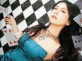 "島谷瞳‧風雨過後‧太陽のFlare~~(單曲專輯DVD):2005 ""Crossover""專輯照"