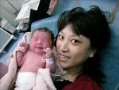 ●99.05.01生產-出生第1天●:1102340888.jpg