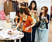 company's:謝謝KEN買的蛋糕