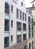 AutoMagazine:Inside Balcony.JPG