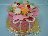 西點烘焙:玫瑰花造型蛋糕6.jpg