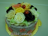 西點烘焙:玫瑰花造型蛋糕3.jpg