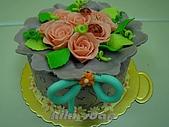 西點烘焙:玫瑰花造型蛋糕1.jpg