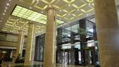 2010/2/28抓週:台南新光三越大廳