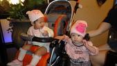 2010/2/28抓週:兩位抓週的小朋友