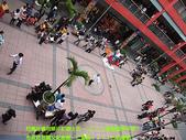 用照片記錄生活~2009/2/9信義區&台北燈節:跳機械舞