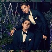 ♥東方神起TVXQ:15th Album【XV】CD+DVD(スマプラ対応)<初回限定盤>.jpg