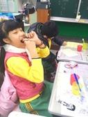 103-1【401蘿蘿蔔】報導‧學習‧故事:20141204【401蘿蔔蔔】餐後潔牙使用牙線 (2).jpg