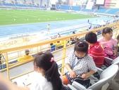 20131023【301小蘿蔔】第一次校外教學-102全國運動會-場館參觀與比賽欣賞:臺北田徑場,女子跳遠比賽