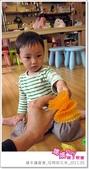 媽媽play_親子繪本讀書會_杯模紙花束_20110504:媽媽play_週三讀書_母親節花束_026.JPG