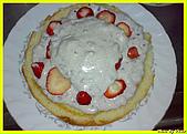 我的點心世界-DIY提拉米蘇:草莓奶油派.jpg