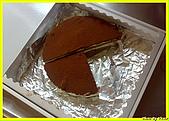 我的點心世界-DIY提拉米蘇:放入提拉米酥的盒子.jpg