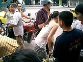 大陸辣妹發生車禍現場:post-1-1088615725