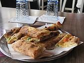 Turkey-食物:這個應該是起士口味的pizza