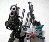 TF UNITED BRUTICUS with FPJ X-FIRE 02SP:14.jpg