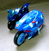 TF GENERATIONS CHROMIA: