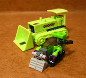 KRE-O DEVASTATOR (MICROCHANGERS  COMBINERS):15.jpg