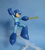 KOTOBUKIYA 1/10 FULL ACTION PLASTIC KIT ロックマン:09.jpg