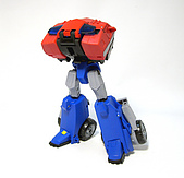 TF ANIMATED OPTIMUS PRIME(V):19.jpg