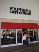 【美國佛羅里達州。奧蘭多Outlet】Orlando Premium Outlets:EXPRESS LAST HURRAH