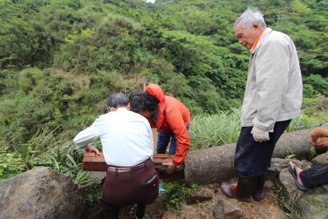 1050419內九份溪水圳橋遭清理過後樣貌4 - 金瓜石礦業圳道及圳橋