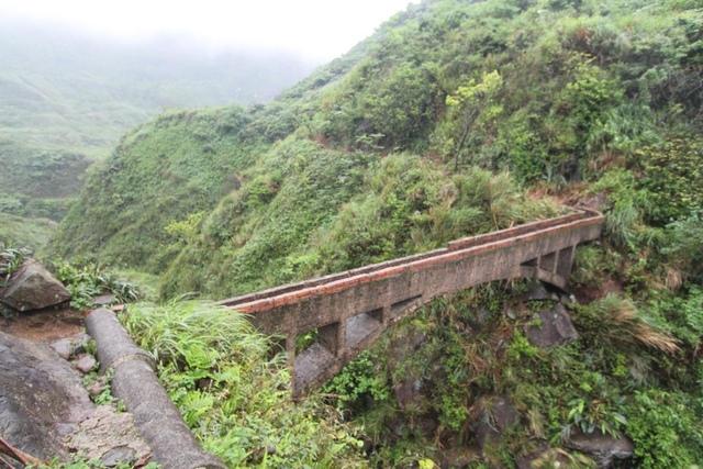 1050418內九份溪水圳橋遭清理過後樣貌1 - 金瓜石礦業圳道及圳橋
