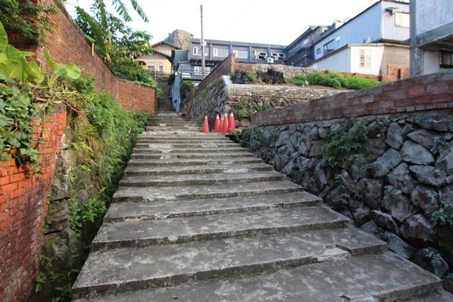 1040722天王的階梯毀於臺糖之手慘不忍睹1040715拍 - 瑞芳公共論壇