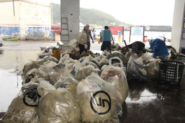 1060528瑞芳會漁會志工深澳清港活動紀錄 - 瑞芳漁會志工