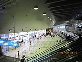 990403新航到perth囉:perth機場1.JPG