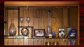 351西班牙古典原木傢俱書櫃酒櫃文史哲美術工藝音樂水晶杯:00104西班牙古典原木傢俱書櫃酒櫃文史哲美術工藝音樂水晶杯.jpg