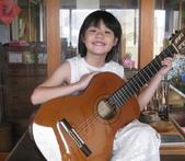 021 小吉他公主:吉他演奏家10吉他公主.JPG