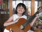 021 小吉他公主:吉他演奏家07吉他公主.JPG