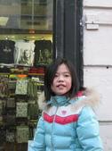 603巴黎蒙馬特畫家村 -小丘廣場:00118巴黎蒙馬特畫家村小丘廣古典吉他施夢濤.jpg