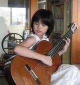 021 小吉他公主:吉他演奏家01吉他公主.jpg