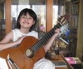 021 小吉他公主:吉他演奏家05吉他公主.jpg