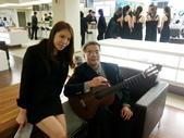 023吉他演奏家施夢濤汎德公司BMW新車發表會演奏:吉他演奏家施夢濤老師15bmw汎德股份有限公司吳漢明副總.jpg