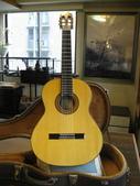 208 貝兒 瓊安-Belle Joan :貝兒瓊belle joan006古典吉他老師