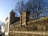 603巴黎蒙馬特畫家村 -小丘廣場:巴黎蒙馬特229畫家村吉他家施夢濤.jpg
