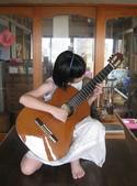 021 小吉他公主:吉他演奏家12吉他公主.JPG