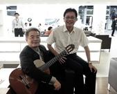 023吉他演奏家施夢濤汎德公司BMW新車發表會演奏:吉他演奏家施夢濤老師09bmw汎德股份有限公司吳漢明副總.jpg
