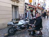 603巴黎蒙馬特畫家村 -小丘廣場:00135巴黎蒙馬特畫家村小丘廣古典吉他施夢濤.jpg