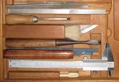 102手工古典吉他製作工具&材料:古典吉他012製作工具&材料吉他家施夢濤老師.jpg