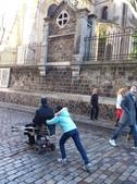 603巴黎蒙馬特畫家村 -小丘廣場:巴黎蒙馬特231畫家村吉他家施夢濤.jpg