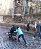 603巴黎蒙馬特畫家村 -小丘廣場:巴黎蒙馬特232畫家村吉他家施夢濤.jpg
