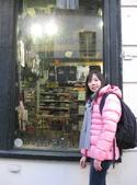 603巴黎蒙馬特畫家村 -小丘廣場:00119巴黎蒙馬特畫家村小丘廣古典吉他施夢濤.JPG