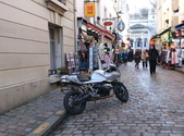 603巴黎蒙馬特畫家村 -小丘廣場:00134巴黎蒙馬特畫家村小丘廣古典吉他施夢濤.jpg